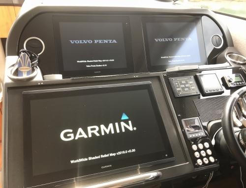 施工 釣りネコ.com GPSMAP8422施工!